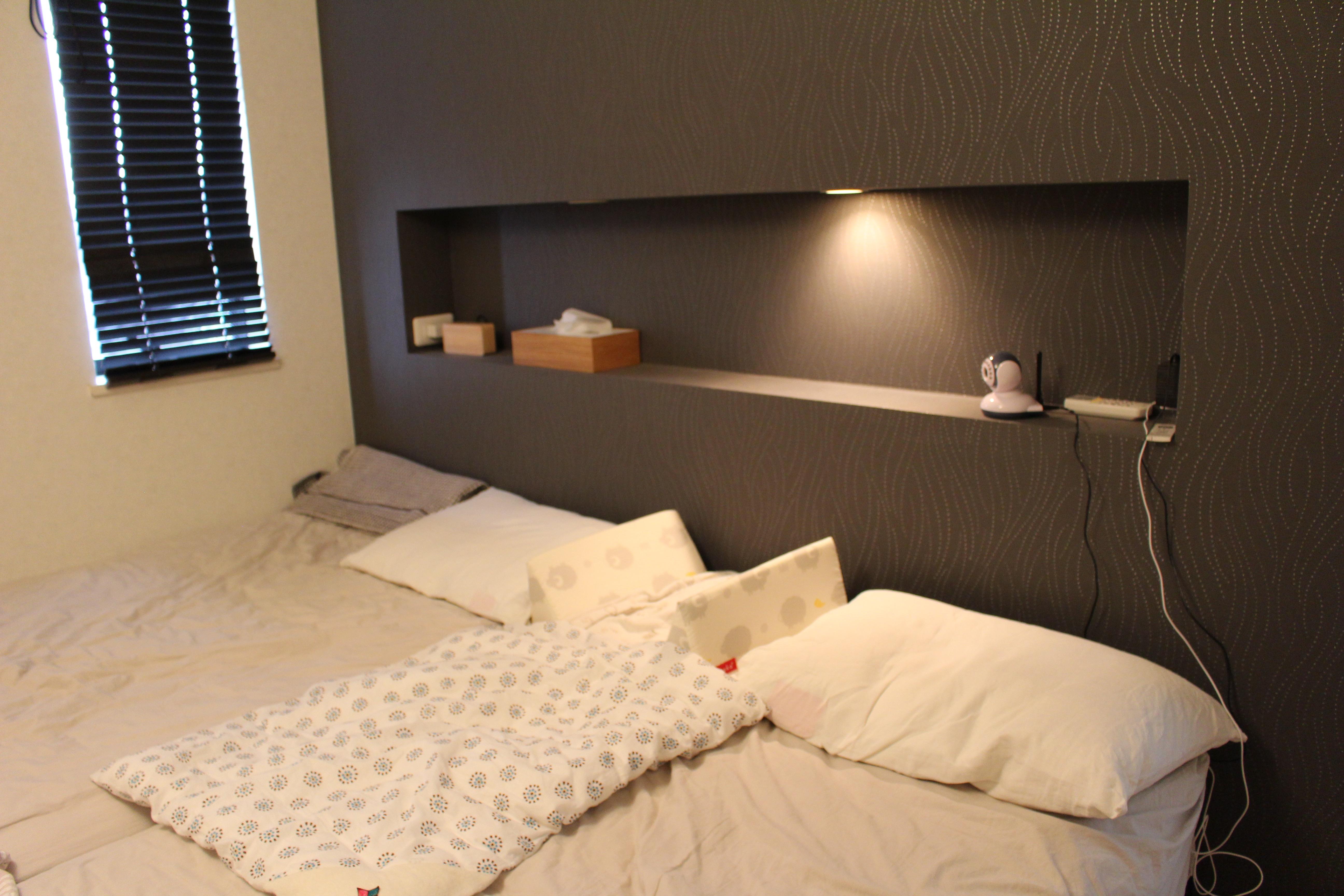 寝室でベッドインベッド を使っています